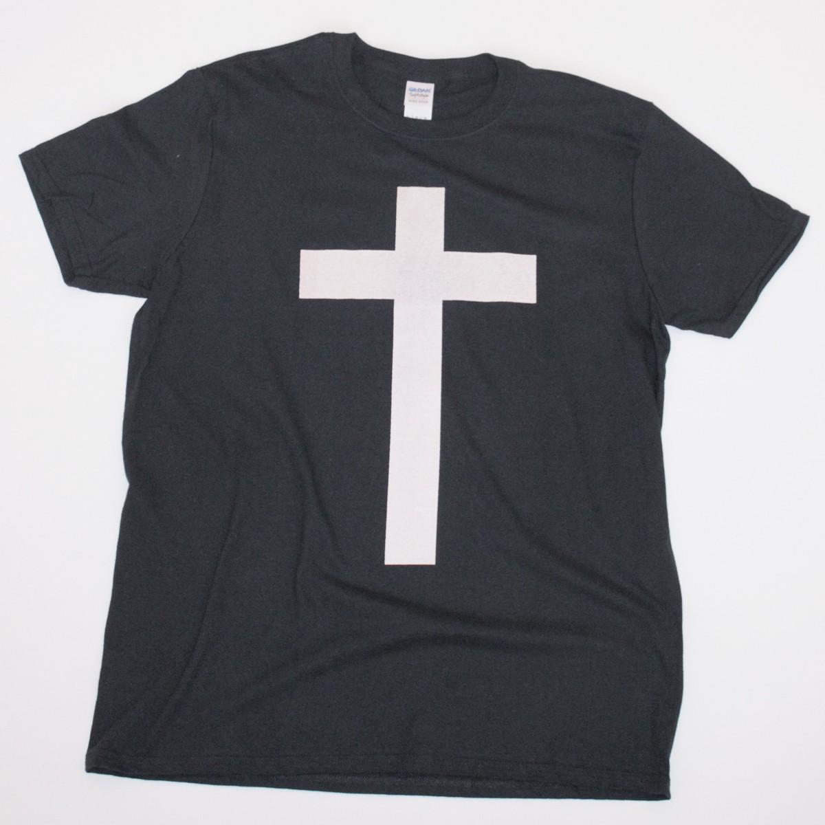 lee_wagstaff_tshirt_cross